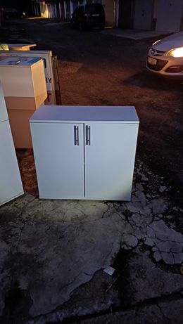 Biała komoda 80/80/35 cm.