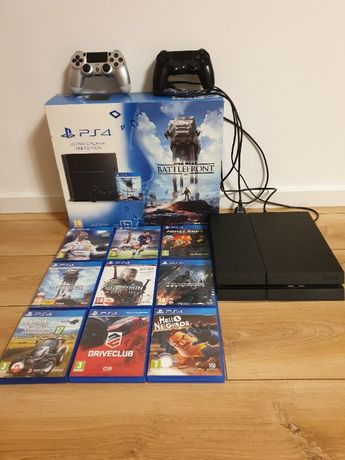 PS4 1TB EDITION + 9 gier + 2 pady