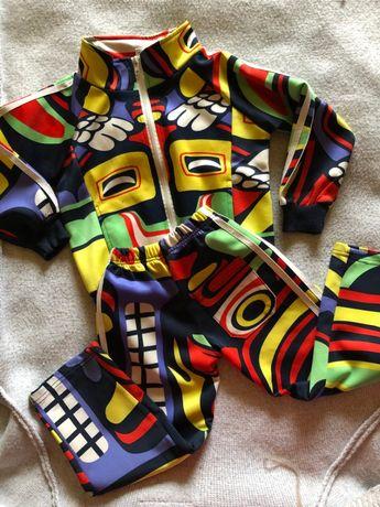 Крутой яркий нарядный костюм на 2-4 года