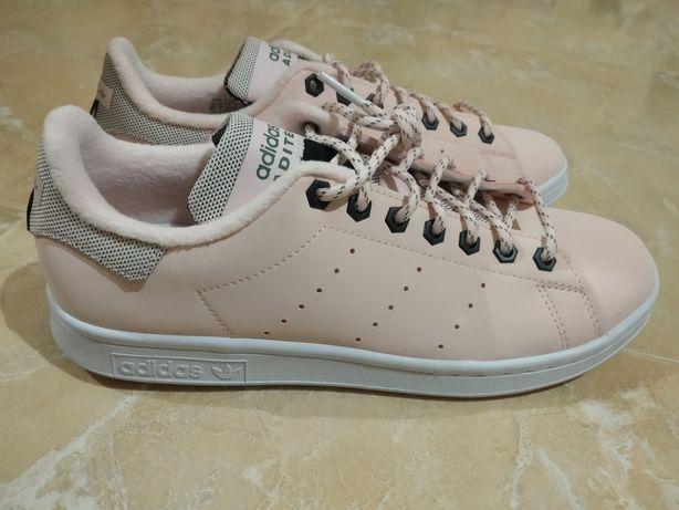 Кросівки Adidas Aditech original.