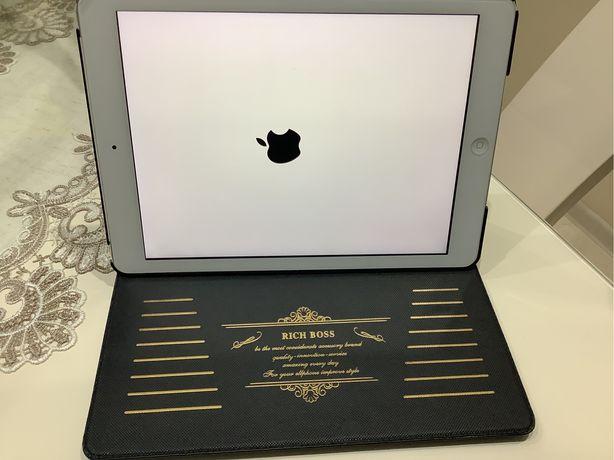 iPad WiFi CELL. 128 GB srebrny