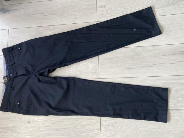 Spodnie męskie z materialu