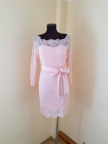 Sukienka pudrowy róż koronka roz.  M