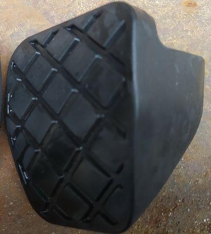 накладкf на педаль тормоза 1ko721173B AUDI VW