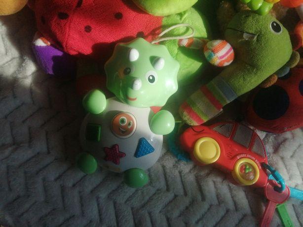 Zestaw zabawek dla malucha clementoni grzechotki piszczałki