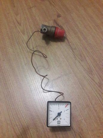 Манометр с аварийным клапаном