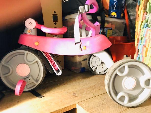 Triciclo rosa para Criança