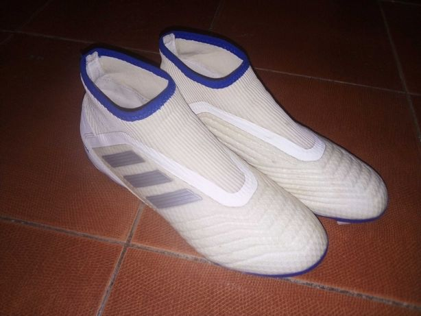 Копочки Adidas PREDATOR.