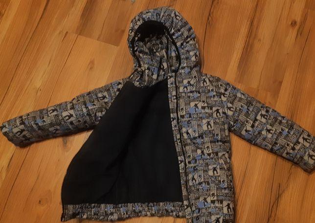 Зимняя курточка 104р