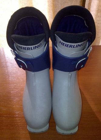 Гірськолижні черевики Горнолыжные ботинки