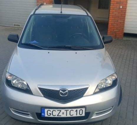 Mazda 2.  2004rok