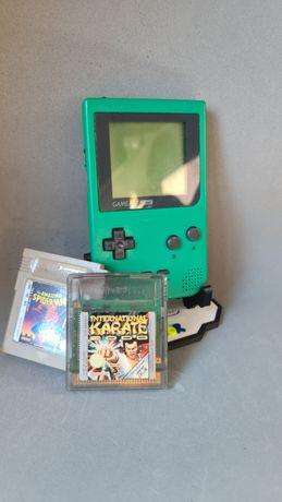 Game Boy Pocket a funcionar a 100% com 2 jogos