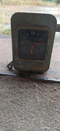 Часы ГАЗ Волга б/у