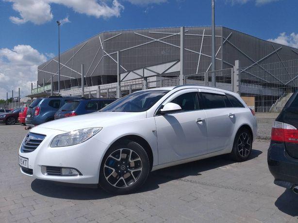 Opel Insignia Sport Tourer 4×4  2011