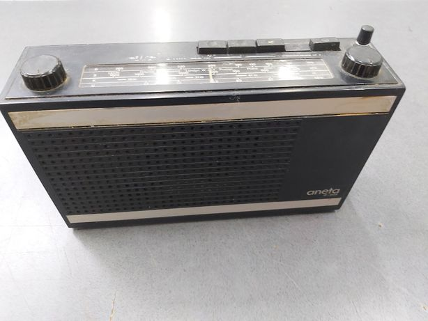 """Radio Unitra """"Aneta"""" R-605"""
