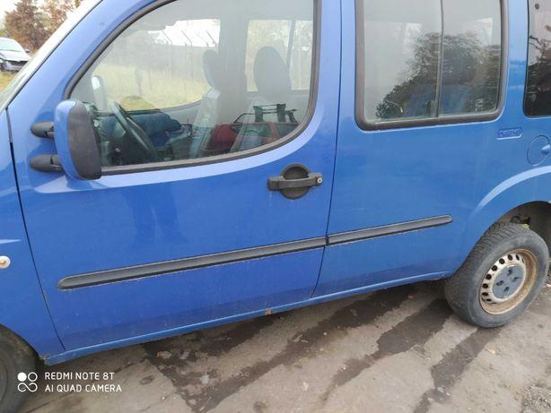 Fiat Dobloo drzwi lewy przód