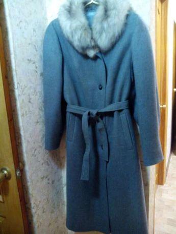 Продается пальто зимнее р.54