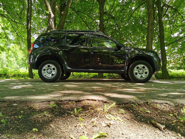 Dacia Duster джип