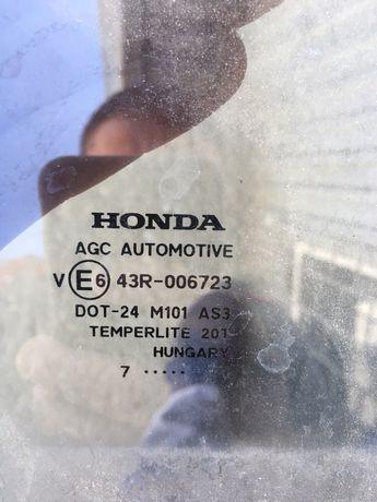 Скло задней правой двери Honda cr-7 2007 року