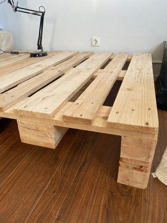 Palete madeira quadrada