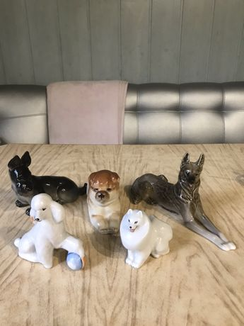 Статуэтки Собаки