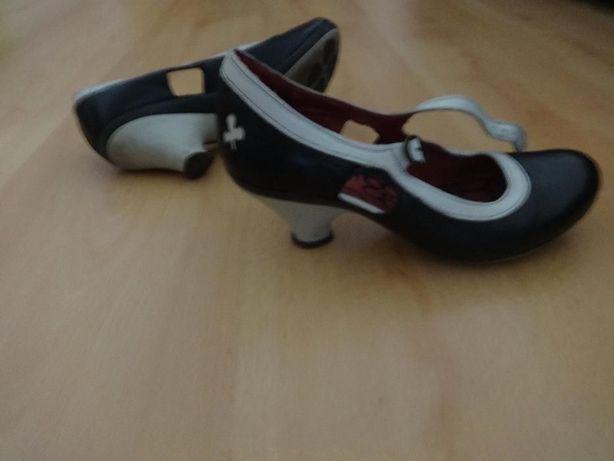 Sapatos Fly London
