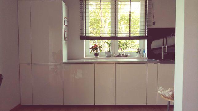 Meble kuchenne kuchnia biała z agd