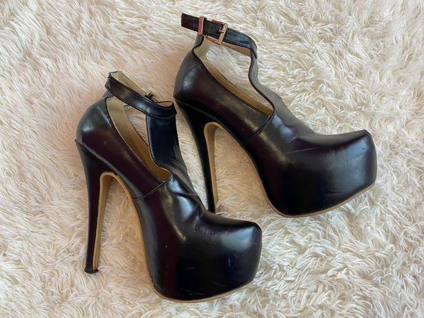 Туфлі каблук платформа