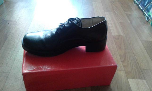 Туфлі жіночі шкіра