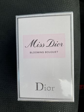 Духи Miss Dior Blooming Bouquet 100мл