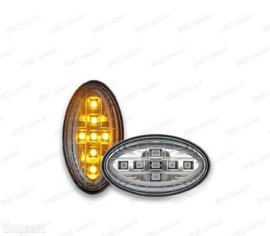 CONJUNTO DE INDICADORES LATERAIS MINI R50 / 52 / 53 01-06 LED CROMADOS