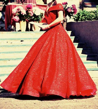 Продается выпускное платье