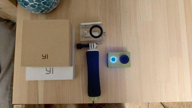 Экшн камера Xiaomi YI + Waterbox, есть чеки с Цитруса