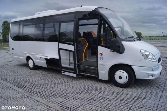Wynajem Autobus 30+1 miejsc. Przewóz osob. Wynajem busa z kierowcą.
