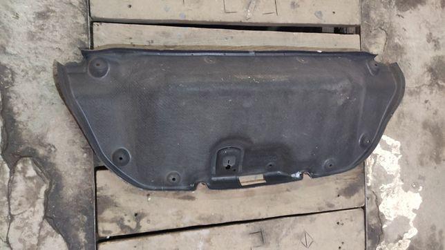 Обшивка крижки багажника Fort Fusion