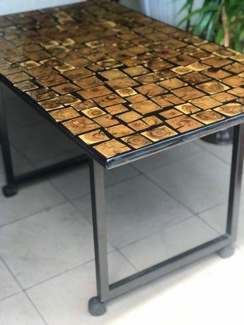 Журнальний столик в стилі Loft