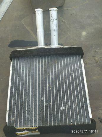Продам радиатор печки салона