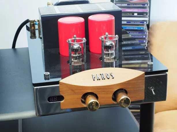 Amplificador PATHOS com comando.