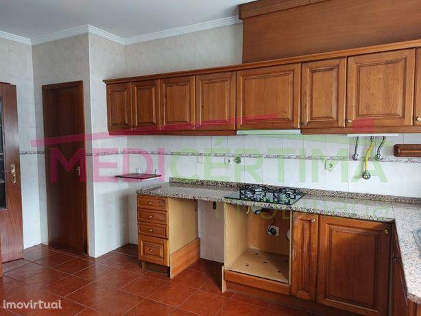 Apartamento T3 Sangalhos