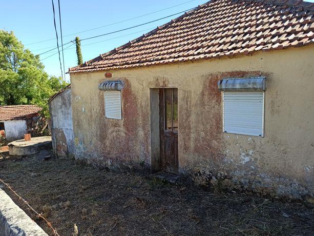 Casa para restaurar com 150 m²