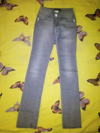 джинсы 25