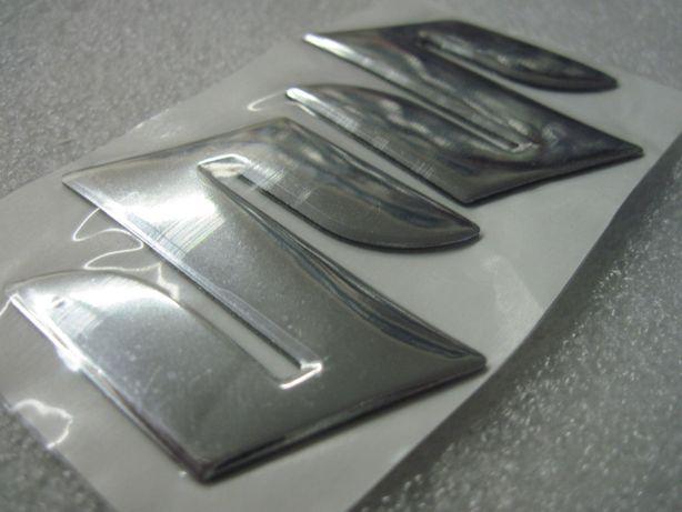 Naklejki,nalepki,znaczki z logo SUZUKI do motocykla komplet 2 sztuki