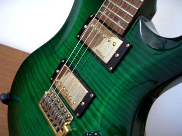 Guitarra vintage topo de gama como nova