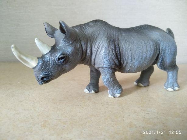 Носорог. Фигурка. Игрушка