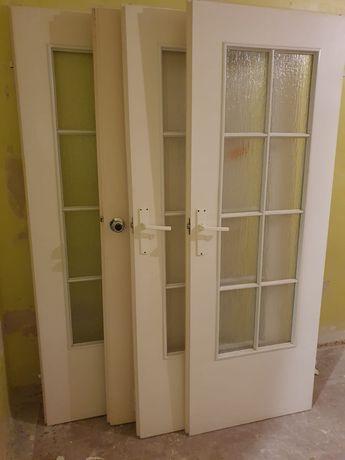 Drzwi wewnętrzne z ościeżnicami