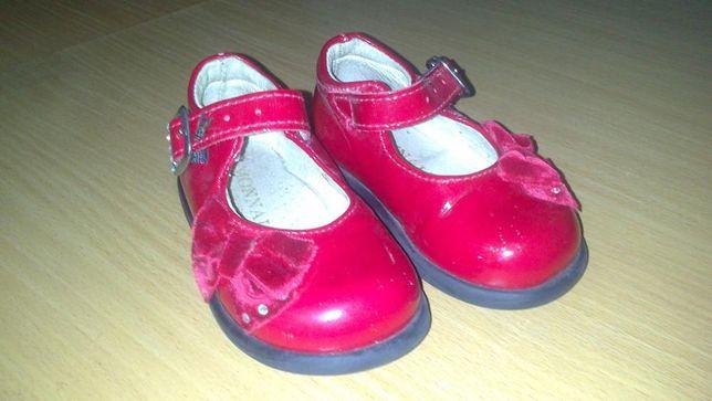Продам кожаные туфельки для девочки Monnalisa для Blumarine 13,5см