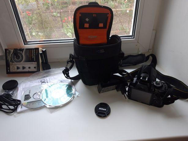 Продам зеркальный фотоаппарат D 3100.