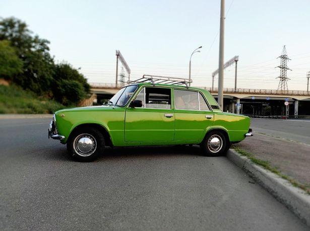 Продаю машину жигули ВАЗ 21011