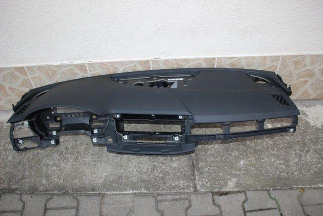 AUDI A4 B9 Konsola deska rozdzielcza