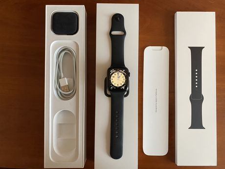 Продам Apple WATCH Series 4 GPS + Cellular 44mm Space Gray Alumin